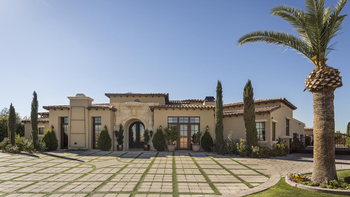 Photos: This 11,000-square-foot home is all about maximum ...