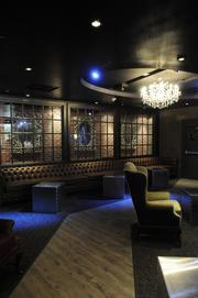 Vanguard, Sacramento's newest night club, opens to the general public Friday night with a touch of class. It looks as much like an old library as it does a sophisticated lounge.