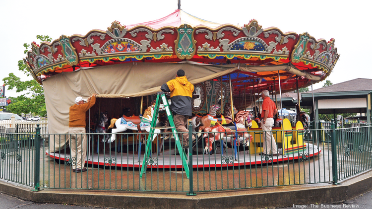 The owners of Hoffman's Playland are working with Norton Auctioneers, a Coldwater, Michigan company, as the Colonie, New York amusement park prepares to close and auction off rides and equipment this fall.