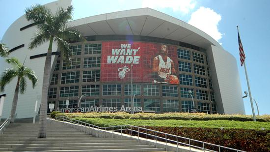 Hotels and sports bars near the American Airlines Arena offer promotional deals during the NBA Finals.
