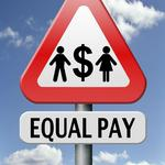 City Council passes equal-pay ordinance supported by Berry