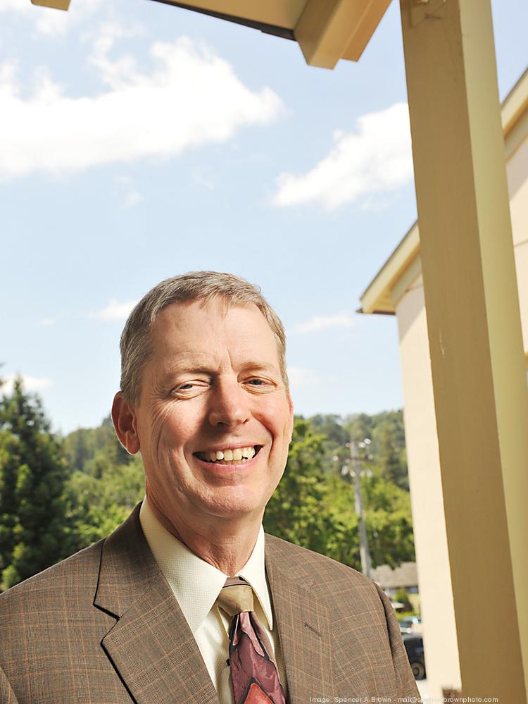 California Bank of Commerce, led by President and CEO Terry Peterson, seeks to raise $12 million to $16 million to finance growth.