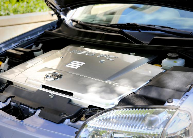 Under the hood of a 2005 Nissan XTrail FCV, a crossover SUV hydrogen fuel cell vehicle.