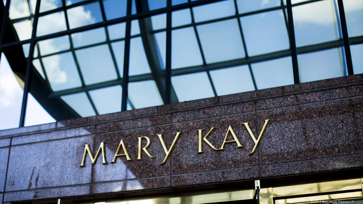 It is a graphic of Remarkable Mary Kay Ranks