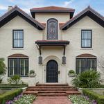 Home of the Day: Anton Korn Built Traditional in Highland Park