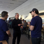 Apple CEO <strong>Tim</strong> <strong>Cook</strong> drops by Portland for high fives