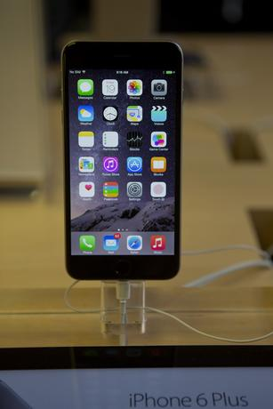 Apple users warning: Rogue Wi-Fi networks could hijack your iPhone