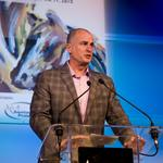 Jay Bilas brings jokes, respect for Kentucky's basketball frenzy to They're Off! Luncheon