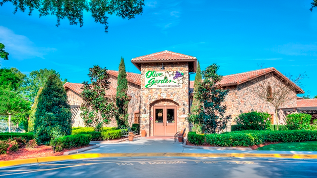 olive garden on orlandos i drive is on the market orlando business journal - Olive Garden Orlando