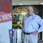 Red Robin CEO retires as restaurant chain reports disappointing quarter