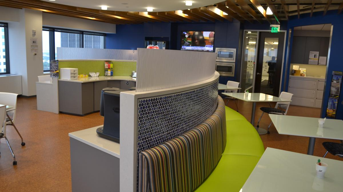 Coolest office spaces finalists 2015 ey tampa bay for Newspace st louis
