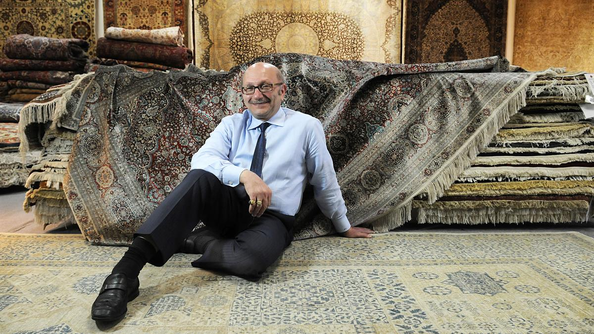 Mansour S Oriental Rug Gallery Adapts To Changing Customer Tastes Sacramento Business Journal