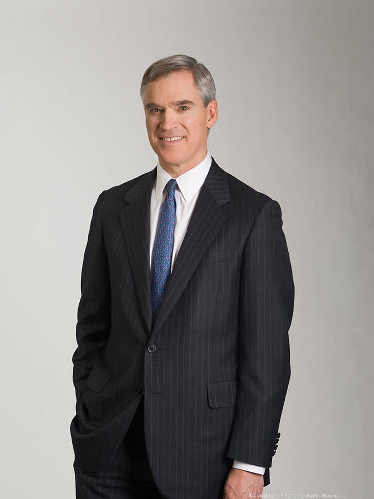Eaton Vance CEO Thomas Faust is looking for more mutual fund companies to agree to launch its new NextShares product by June 30.