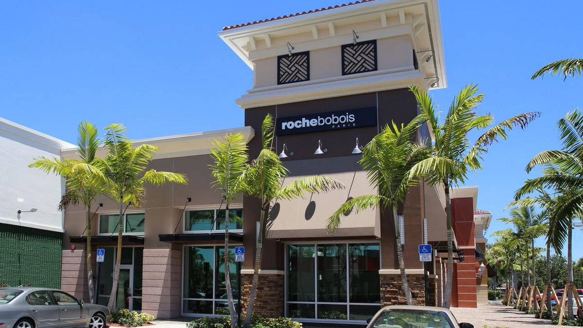 roche bobois aventura to host grand opening with sacha lakic on june 10 south florida business. Black Bedroom Furniture Sets. Home Design Ideas