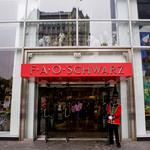 FAO Schwarz plans to close flagship Fifth Avenue toy emporium