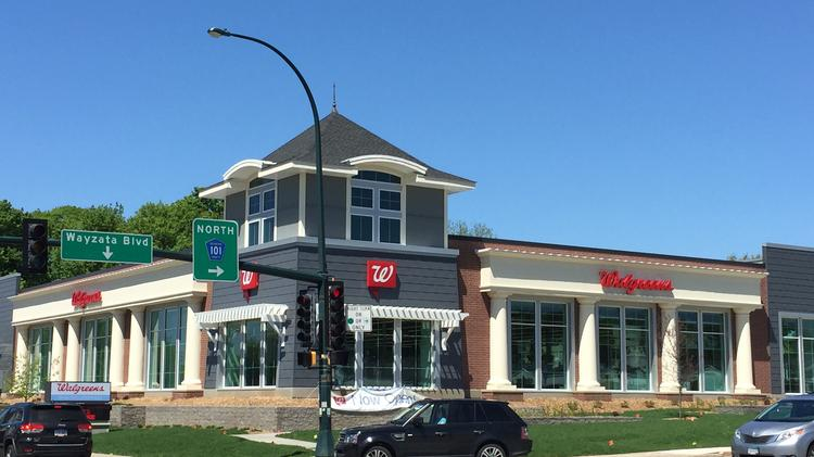 an entity owned by kelly doran paid 1212 million for a walgreens building in wayzata - Walgreens Garden City