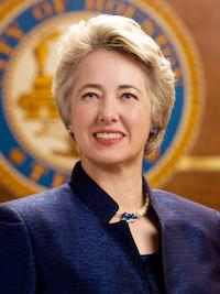 Houston Mayor Annise Parker and supporters of the Houston Equal Rights Ordinance held a press conference May 13 to unveil a compromise regarding a controversial paragraph of the ordinance.