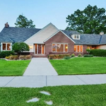 Jesse <strong>Ventura</strong>'s former Maple Grove home listed for $720K (Photos)