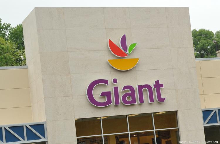 Giant and Safeway are preparing for a possible workers strike.