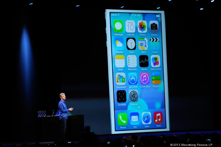 Apple unveiled Jonathan Ives' radically redesigned iOS7 at this year's Worldwide Developers Conference. How did people like the new designs? Click through the slideshow to see the 5 app designs people love, and the 5 they hate.