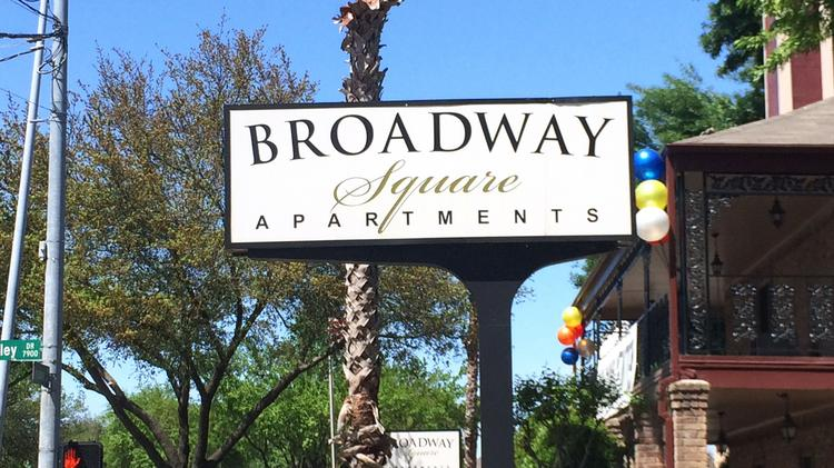 long term plans for broadway square apartments near hobby airport