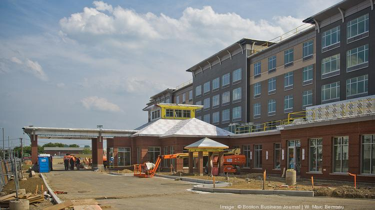 Sneak Peek Tour The Hilton Garden Inn Near Logan Airport Boston Business Journal