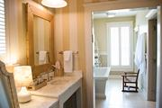 A full bathroom in the guest cottage.