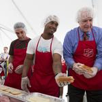 Mayor Barrett, Brewers pack lunches for Salvation Army summer program: Slideshow