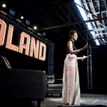 Coffee, beauty and country radio share the spotlight at Pandoland, Day 1
