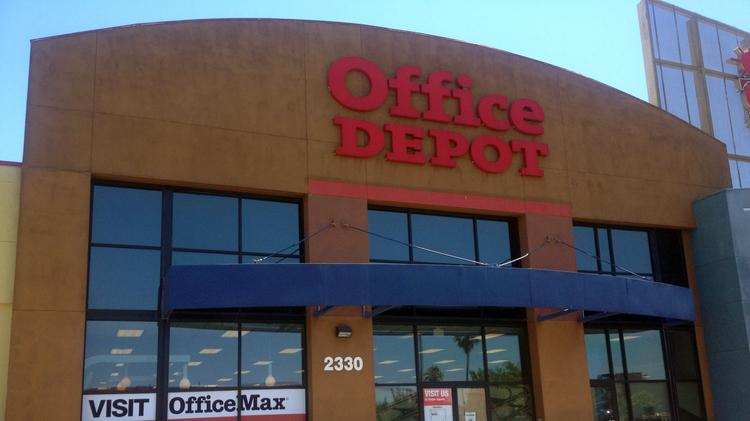 sports shoes 364d4 ef01f Office Depot leaves Country Club Plaza