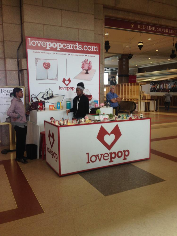 Wayfair bain twitter execs help fund boston 3 d greeting card lovepop set up a pop up shop in bosotns south station recently m4hsunfo