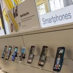 Sprint plots its way around cash crunch from leasing phones