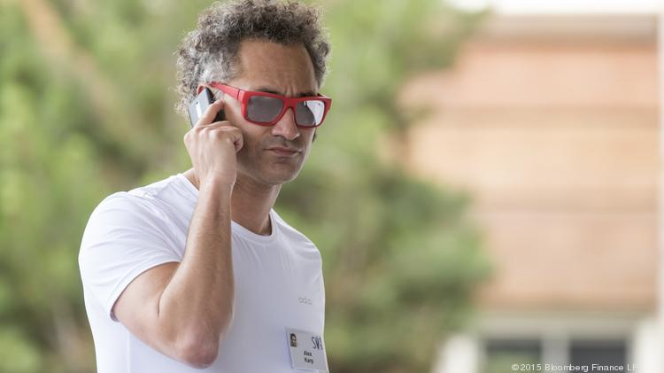 Palantir offers to buy $225 million of stock from its