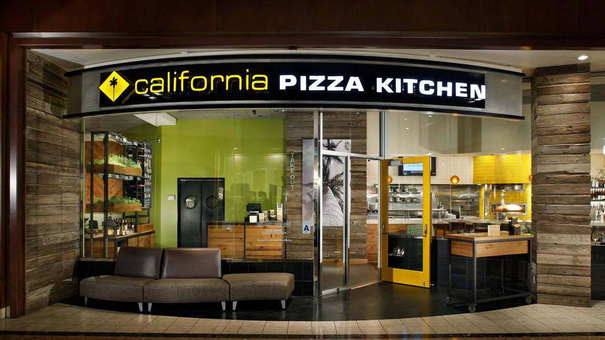 California pizza kitchen retooling its st louis for Cal s country kitchen