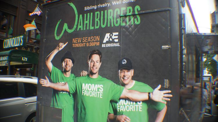 To promote the new season of their show on A&E as well as their entry into the New York market, Wahlburgers gave away burgers in four Manhattan locations in July. Now the chain is looking to come to D.C.