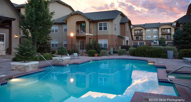 Crestwood apartments in Northglenn