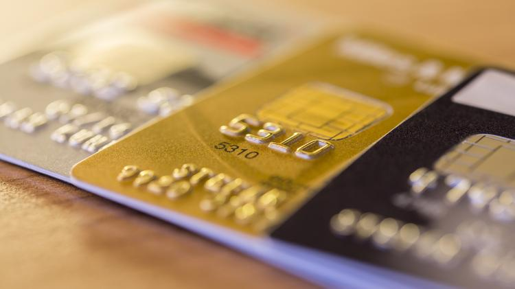 the pros and cons of personal vs business credit cards the