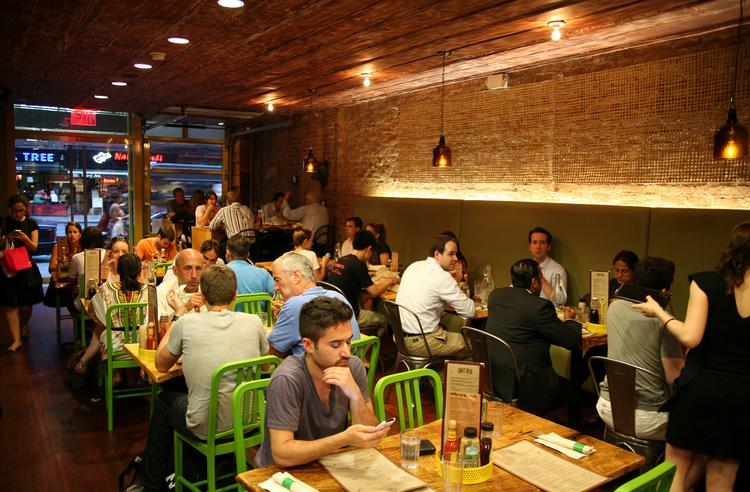 Bareburger's Midtown location draws a crowd.