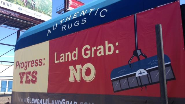 Glendale Rug Owners Want Blight