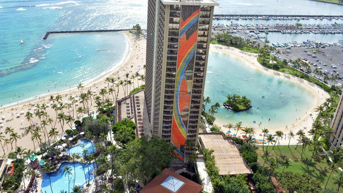 Zipline Project Would Take Tourists Over Hilton Hawaiian Village S Famed Lagoon Pacific