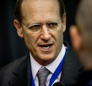 Delta Air Lines CEO Richard Anderson says he's opposed to the federal government's new policy that allows passengers to carry small knives onto planes.