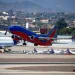 More than half of Phoenix flights don't follow FAA flight path