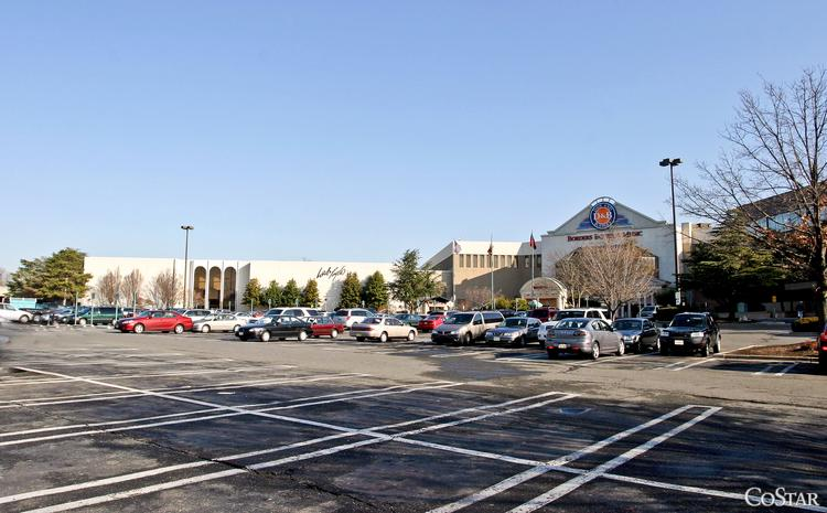 Lord & Taylor wants the White Flint owners to delay plans to revamp the mall  to 2055, according to court documents.