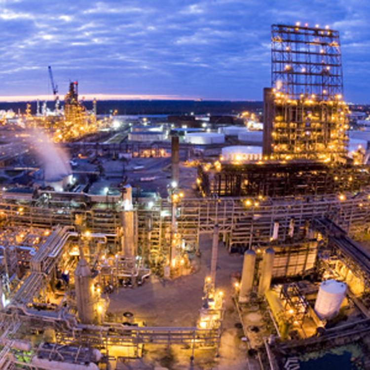 Valero plans to produce petrochemicals at its St. Charles refinery in Louisiana.