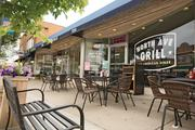 'Cool vibe' builds on North Avenue in east Tosa: Table Talk