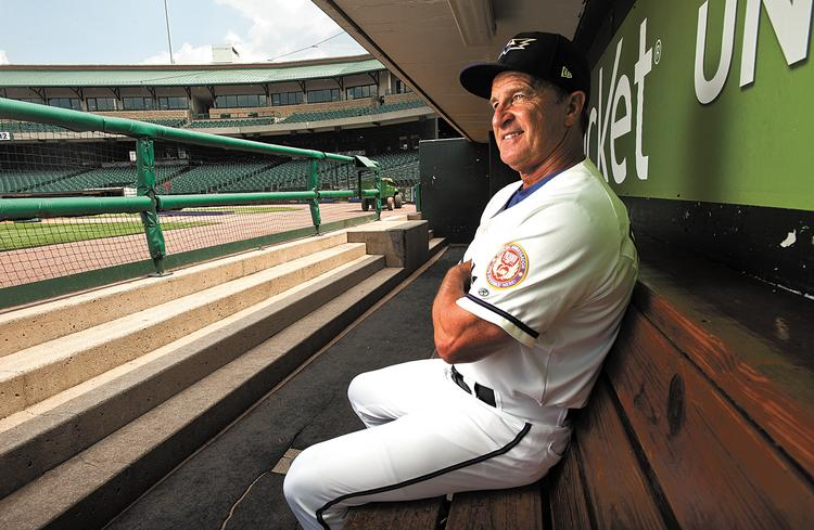 Jim Riggleman, manager of the Louisville Bats.