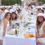 Albuquerque's Diner en Blanc hosts 1,200 in NHCC courtyard (Video)