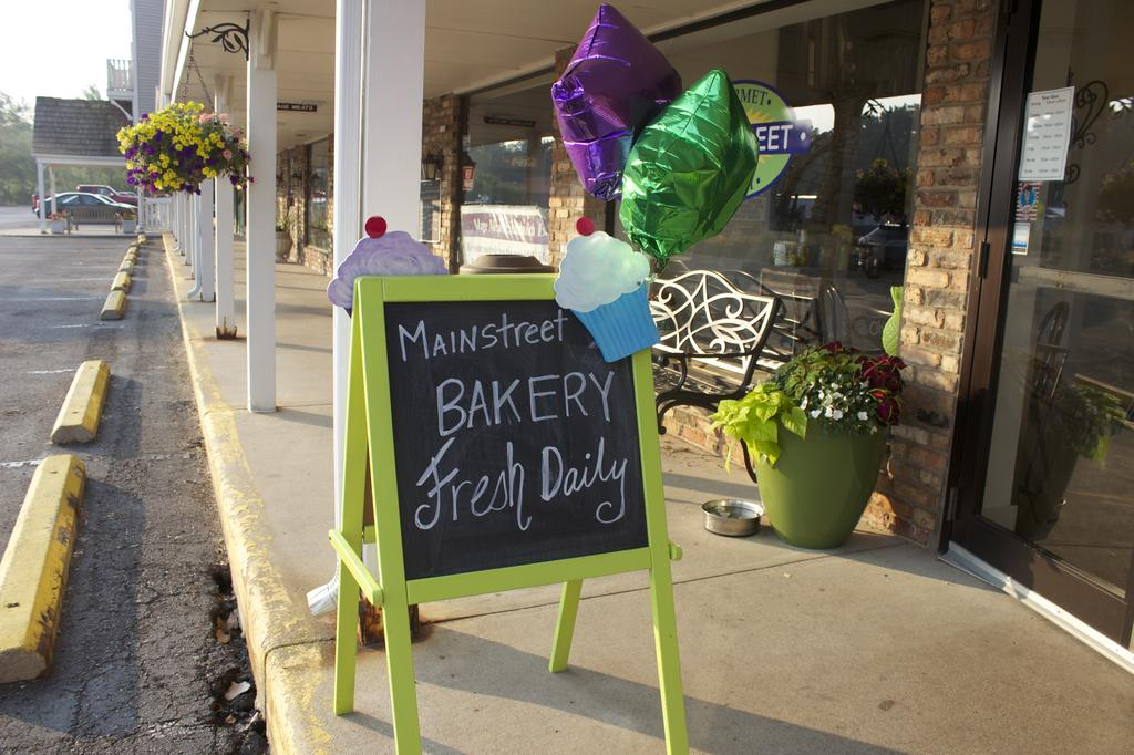 Mainstream Gourmet Bakery Opens In Wayzata Competing With