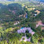 A home where horses can roam — and it's 15 minutes from downtown Austin