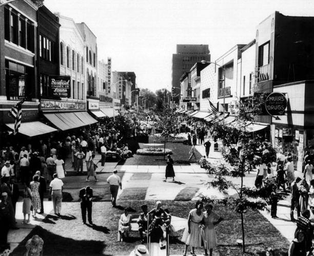 The Kalamazoo Mall of Kalamazoo, Mich., in about 1960.